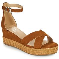 Schuhe Damen Sandalen / Sandaletten Bullboxer 268003F2T Braun