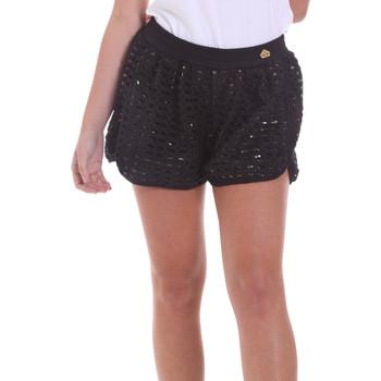 Kleidung Damen Shorts / Bermudas Fornarina BE171M03H26400 Schwarz