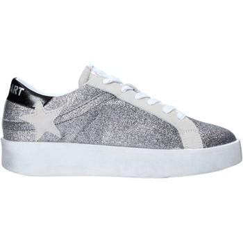 Schuhe Damen Sneaker Low Shop Art SA030064 Silber