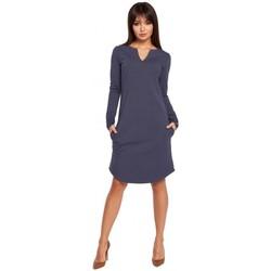 Kleidung Damen Kurze Kleider Be B017 Klasyczna sukienka z rozcięciem na dekolcie - niebieska