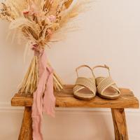 Schuhe Damen Sandalen / Sandaletten Céleste ORANGER Gold