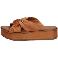 Schuhe Damen Sandalen / Sandaletten Carmela 67839 KAMEL