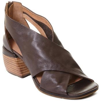 Schuhe Damen Sandalen / Sandaletten Rebecca White T0409  Rebecca White  D??msk?? kotn??kov?? boty z telec?? k??e v k??vo
