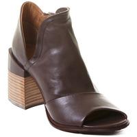 Schuhe Damen Low Boots Rebecca White T0504  Rebecca White  D??msk?? kotn??kov?? boty z telec?? k??e v k??vo
