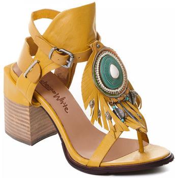 Schuhe Damen Pumps Rebecca White T0509  Rebecca White  D??msk?? sand??ly na vysok??m podpatku z okrov??