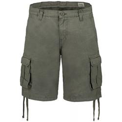 Kleidung Herren Shorts / Bermudas Scout  Grün