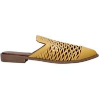 Schuhe Damen Pantoletten / Clogs Bueno Shoes 21WN0103 Gelb