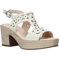 Schuhe Damen Sandalen / Sandaletten CallagHan 28701 Beige