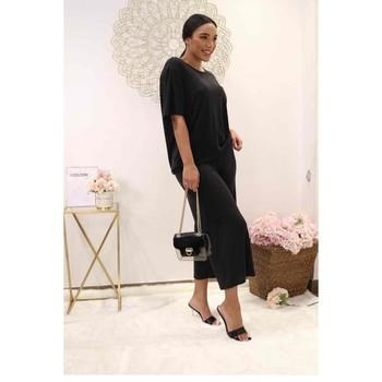 Kleidung Damen Tops / Blusen Fashion brands 9159-BLACK Schwarz