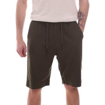 Kleidung Herren Shorts / Bermudas Antony Morato MMSH00170 FA900128 Grün