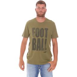 Kleidung Herren T-Shirts Diadora 102175854 Grün