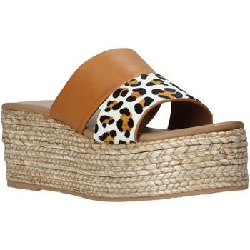 Schuhe Damen Pantoffel Gold&gold A21 GK99 Braun