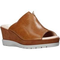 Schuhe Damen Pantoffel CallagHan 29000 Braun