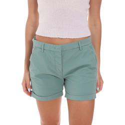 Kleidung Damen Shorts / Bermudas Colmar 0917T 5TQ Grün