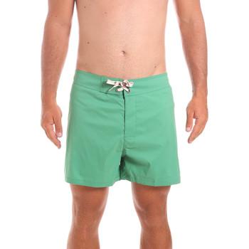 Kleidung Herren Badeanzug /Badeshorts Colmar 7246 8RG Grün