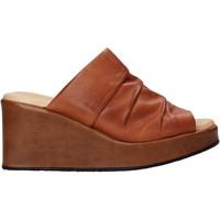Schuhe Damen Pantoffel Sshady L2501 Braun