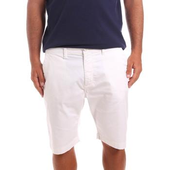 Kleidung Herren Shorts / Bermudas Sseinse PB739SS Weiß