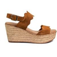 Schuhe Damen Sandalen / Sandaletten Gennia JANE Rauhleder Braun Braun