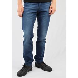 Kleidung Herren Straight Leg Jeans Wrangler Greensboro W15QEH76 blau