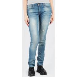 Kleidung Damen Slim Fit Jeans Wrangler Corynn W25FJJ59B blau