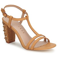 Pumps Lola Cruz STUDDED