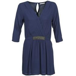 Kleidung Damen Kurze Kleider Betty London DUSTY Marine