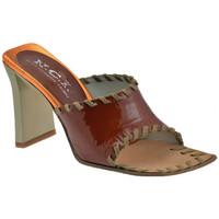 Schuhe Damen Sandalen / Sandaletten Nci Fascia Tacco 85 pantoletten hausschuhe Braun