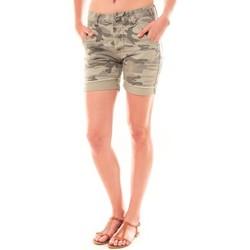 Kleidung Damen Shorts / Bermudas Dress Code Bermuda RX911  Kaki Grün
