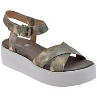 Schuhe Damen Sandalen / Sandaletten Janet&Janet Buckle Platform sandale Gold