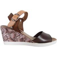 Schuhe Damen Sandalen / Sandaletten Cumbia 30151 Marrón