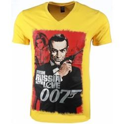 Kleidung Herren T-Shirts Local Fanatic James Bond From Russia Print Gelb