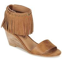 Schuhe Damen Sandalen / Sandaletten Les P'tites Bombes NADIA Camel