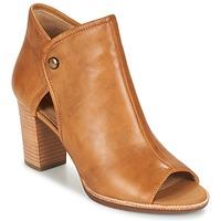 Schuhe Damen Sandalen / Sandaletten Geox N.CALLIE B Curry