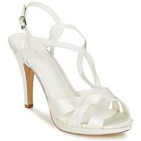 Schuhe Damen Sandalen / Sandaletten Menbur AMPARO Creme