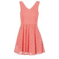 Kleidung Damen Kurze Kleider Vero Moda SASHA Rose