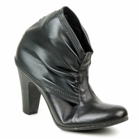 Schuhe Damen Low Boots Now CAJAMAR Schwarz