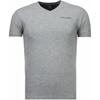 Kleidung Herren T-Shirts Local Fanatic V Neck Grau