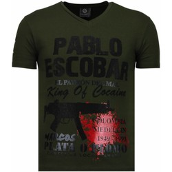 Kleidung Herren T-Shirts Local Fanatic Pablo Escobar Narcos Strass Grün