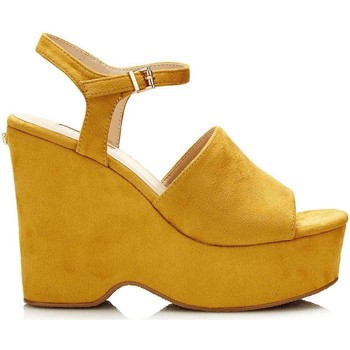 Schuhe Damen Sandalen / Sandaletten Guess FLKRL2 ESU03 Wedge sandals Frauen Yellow Yellow