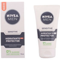Beauty Herren pflegende Körperlotion Nivea Men Sensitive Protector Hidratante 0% Alcohol Spf15  75 ml