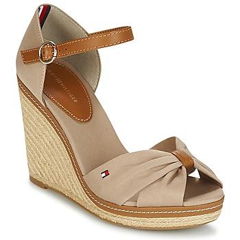 Schuhe Damen Sandalen / Sandaletten Tommy Hilfiger ICONIC ELENA SANDAL Beige