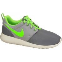 Schuhe Kinder Sneaker Low Nike Roshe One Gs 599728-025 Białe