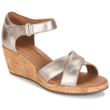 Schuhe Damen Sandalen / Sandaletten Clarks UN PLAZA CROSS Gold
