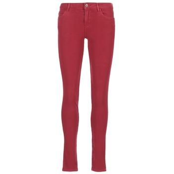 Kleidung Damen Slim Fit Jeans Guess SANSOPO Rot