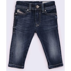 Kleidung Kinder Shorts / Bermudas Diesel SLEENKER-B 00K1MG JEANS junge DENIM MEDIUM BLUE DENIM MEDIUM BLUE