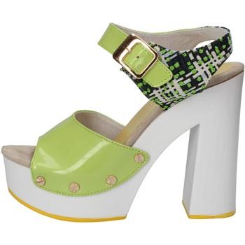 Schuhe Damen Sandalen / Sandaletten Suky Brand sandalen grün lack textil AC811 grün