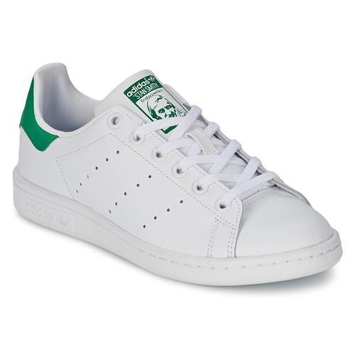 Schuhe Kinder Sneaker Low adidas Originals STAN SMITH J Weiss / Grün