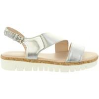 Schuhe Damen Sandalen / Sandaletten Chika 10 IDOIA 01 Plateado