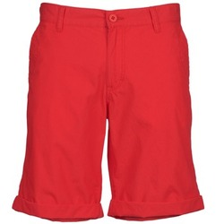 Kleidung Herren Shorts / Bermudas Mustang TYLER Rot