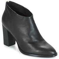 Schuhe Damen Low Boots André ADRIANA Schwarz
